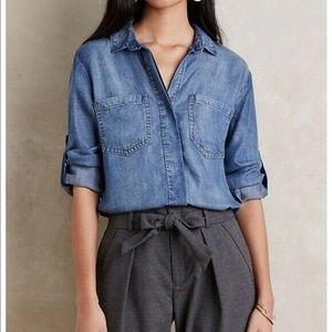Cloth & Stone frayed hem split back chambray shirt